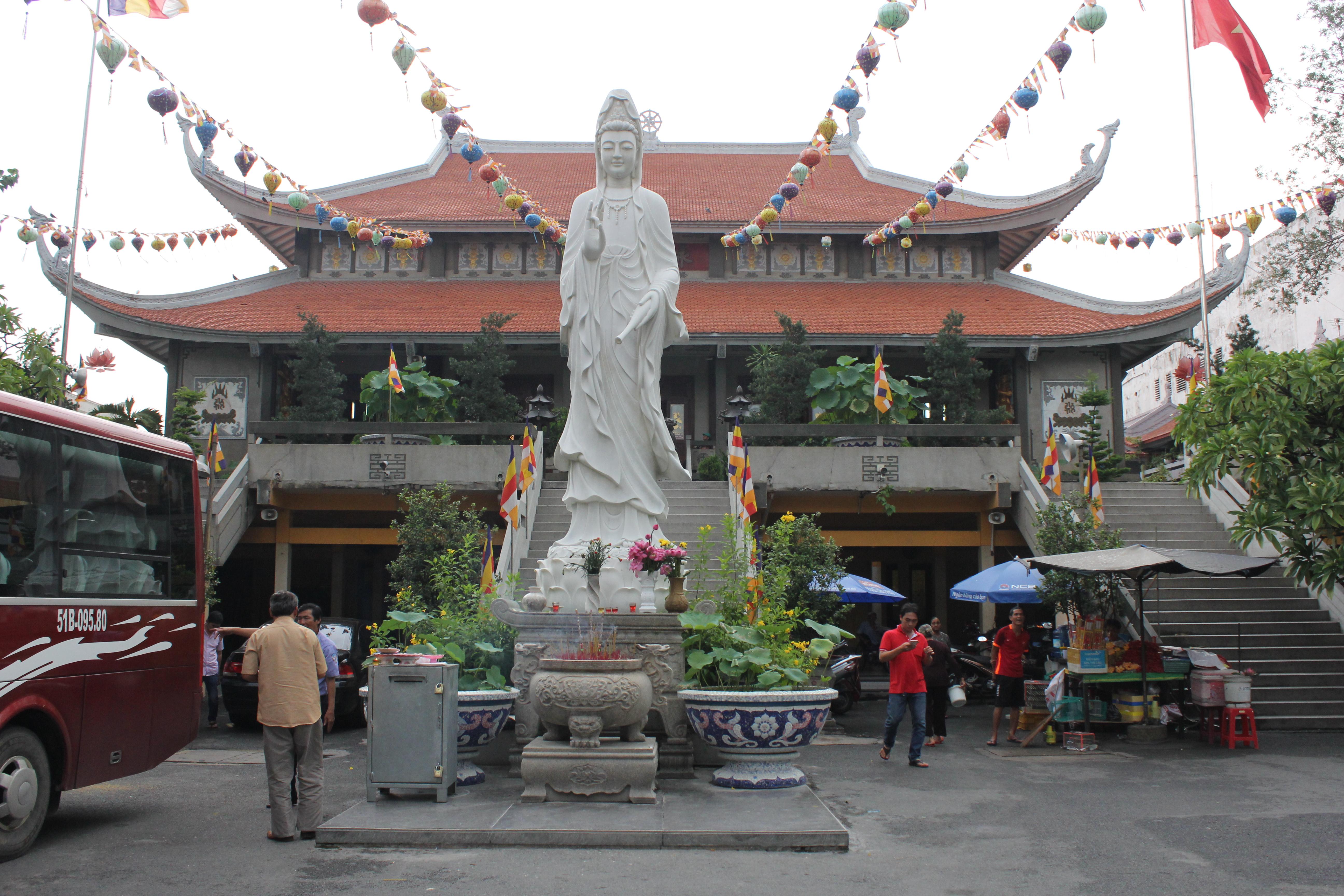 ヴィエンギイム寺院